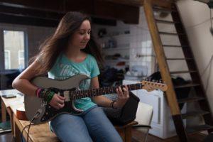 Girls guitar lessons