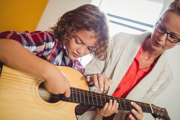 Mistakes Your Guitar Teacher Should Avoid