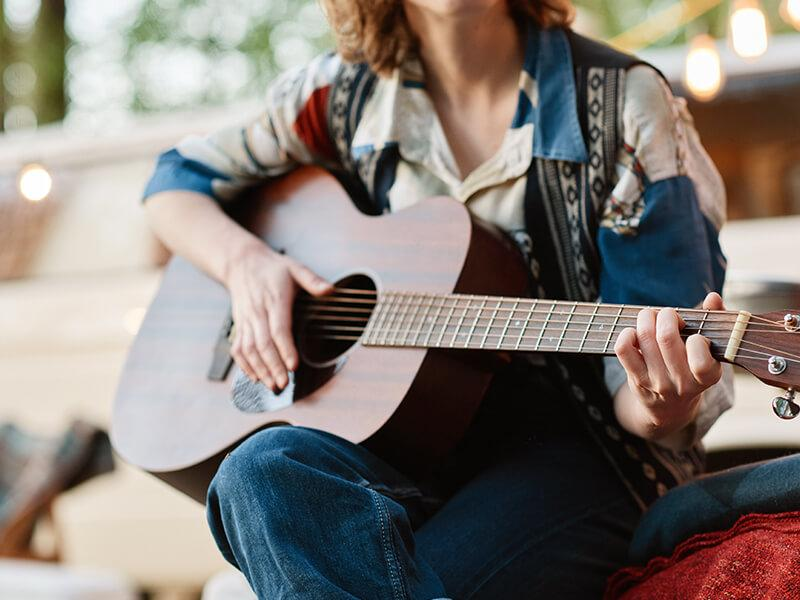 Can You Learn Guitar Online?